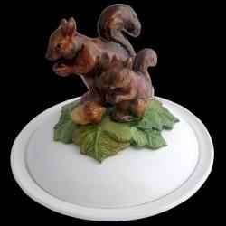 Ecureuils - assiette creuse avec cloche D 23 cm