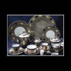 Assiette de table gravée pleine D 26 cm collection Medicis