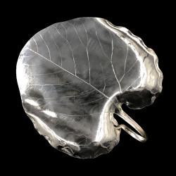 Plat feuille de paulownia par Christofle, métal argenté