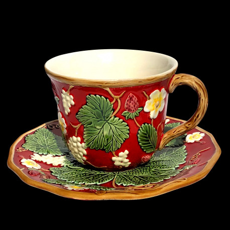 """Majolica red breakfast cup and saucer """"George Sand"""""""